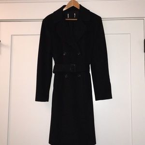 Coat black belted with buckle and pockets